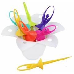 SM Dancing Doll Fruit Fork Set With Stand