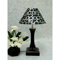 Tucasa Flamingo Wooden Table Lamp with Black Circle Shade, LG-995