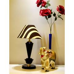 Tucasa Table Lamp, LG-400, Weight: 700 g