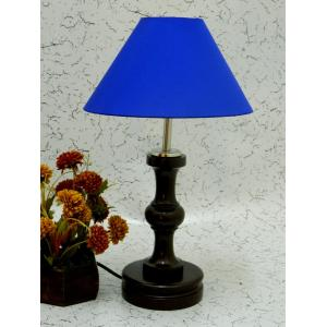 Tucasa Fabulous Wooden Table Lamp with Blue Shade, LG-1050