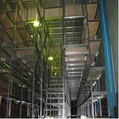 Slotted Angle Steel Rack, Load Capacity: 50-100kg/Layer