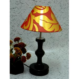 Tucasa Fabulous Wooden Table Lamp with Red & Gold Shade, LG-1061