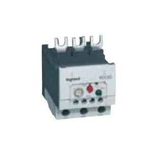 Legrand 3 Pole Contactors RTX³ 65 Integrated Auxiliary Contacts 1 NO + 1 NC, 4167 06