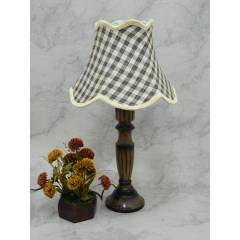 Tucasa Unique Wooden Table Lamp with Check Jute Shade, LG-825
