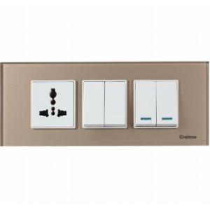 Crabtree 6 Module Pearl White Cover Plate, ACMPGCLV06
